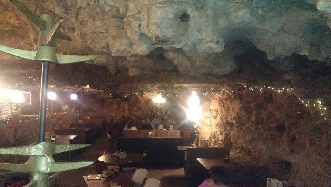 MO underground dining